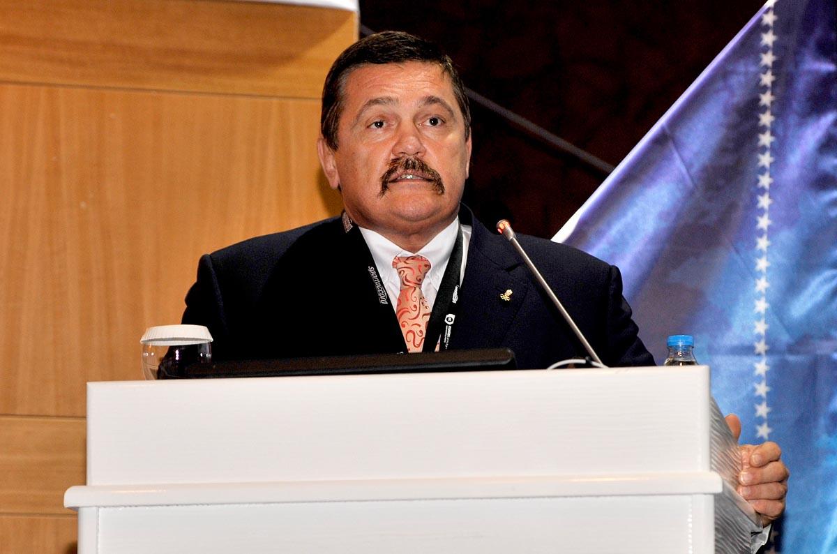 Dr. Kozsla Tibor előadást tartott a SportAccord konferenciáján