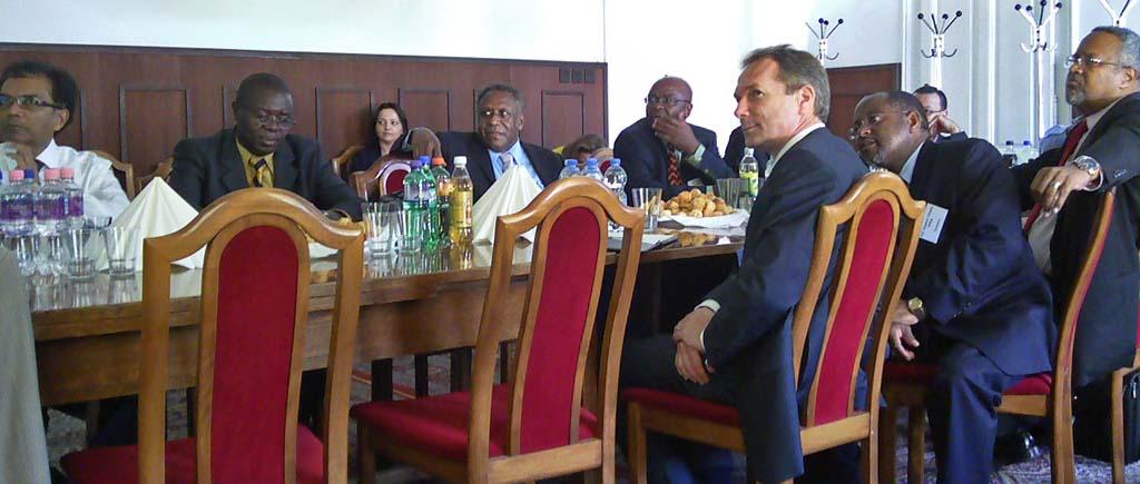 ENSZ nagyköveti delegáció a TF-en